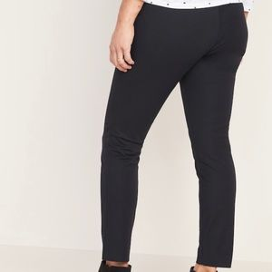 NWT old navy maternity pixie pants 10